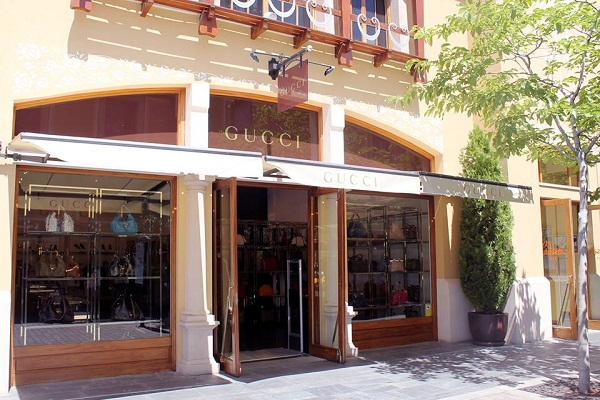 Boutique gucci madrid for Oficinas nike madrid