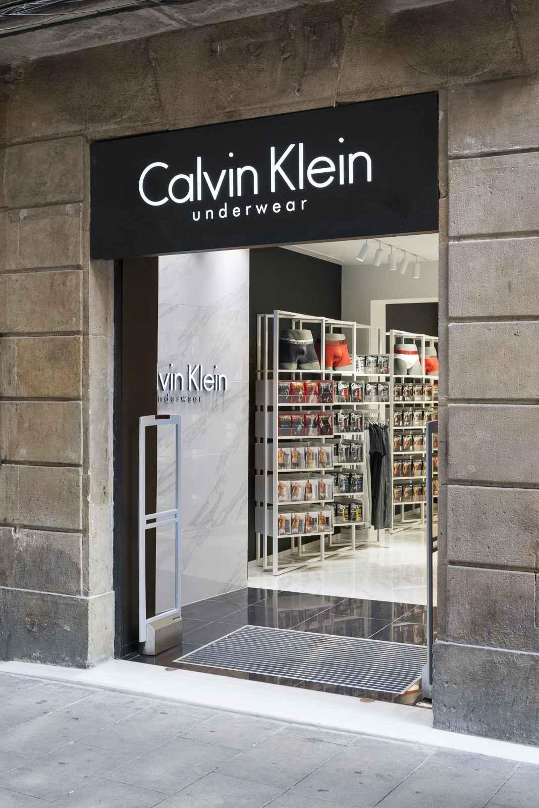 reformas_locales_comerciales_oficinas_calvin_klein01